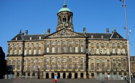 Amsterdam-in-Netherlands_Royal-Palace-in-Dam-Square_2841