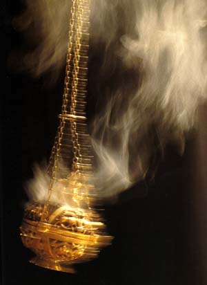 incense-with-thurible