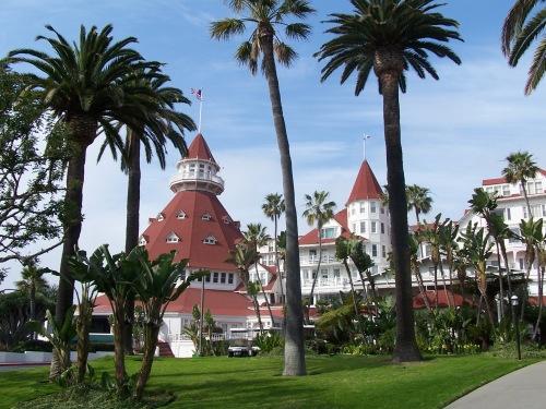 Hotel_del_Coronado_Front