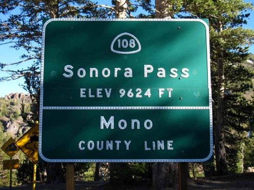 sonora-pass-sign-6793